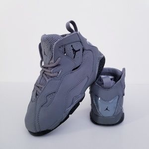 Jordan True Flight 'Cool Grey'